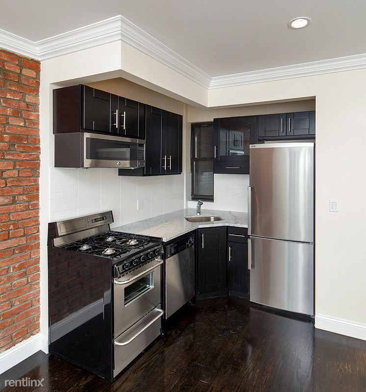 east 81st Street, New York, NY - 2,800 USD/ month