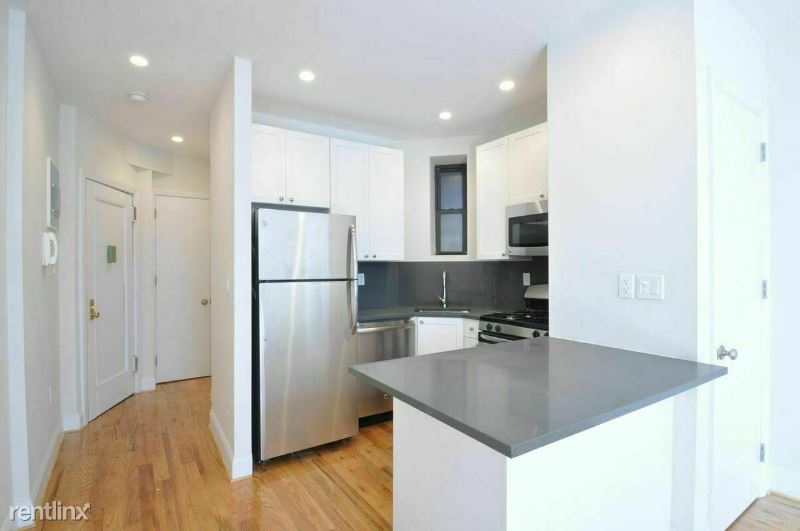 1378 York Ave 2A, New York, NY - 1,995 USD/ month