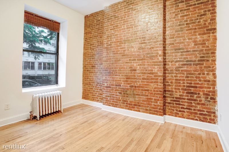 507 E 83rd St 1C, New York, NY - 2,450 USD/ month