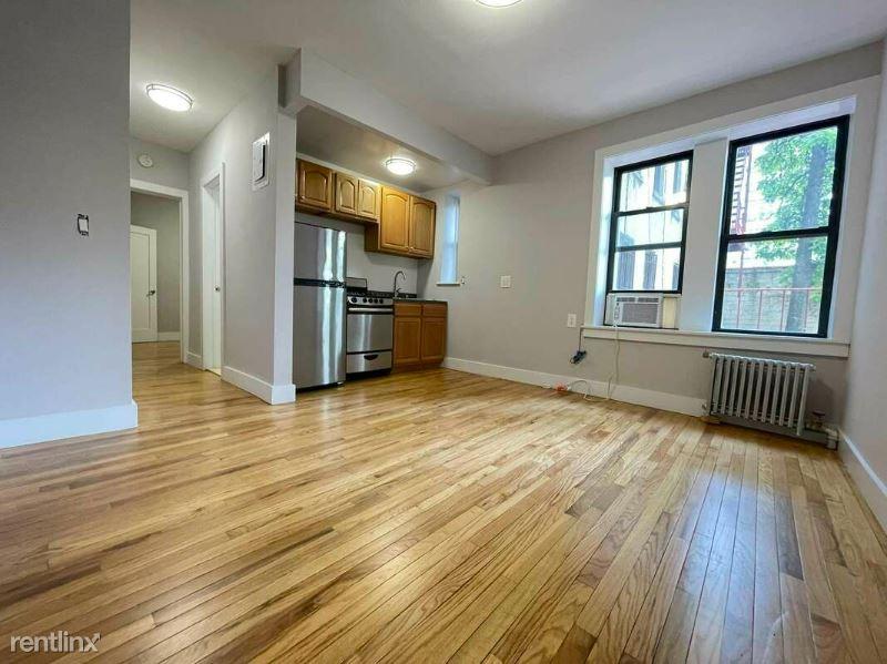 155 Ridge St 2B, New York, NY - 2,310 USD/ month
