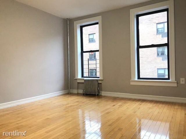 153 Ridge St 00B, New York, NY - 2,383 USD/ month