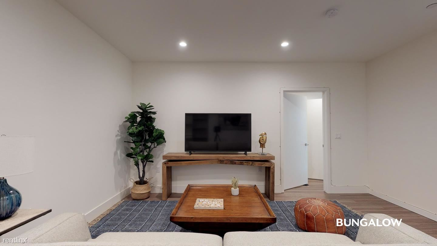 1439 Armacost Ave, Los Angeles, CA - 1,275 USD/ month