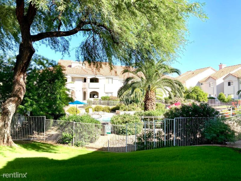 10401 N 52nd St #204, Paradise  Valley, AZ - 2,350 USD/ month