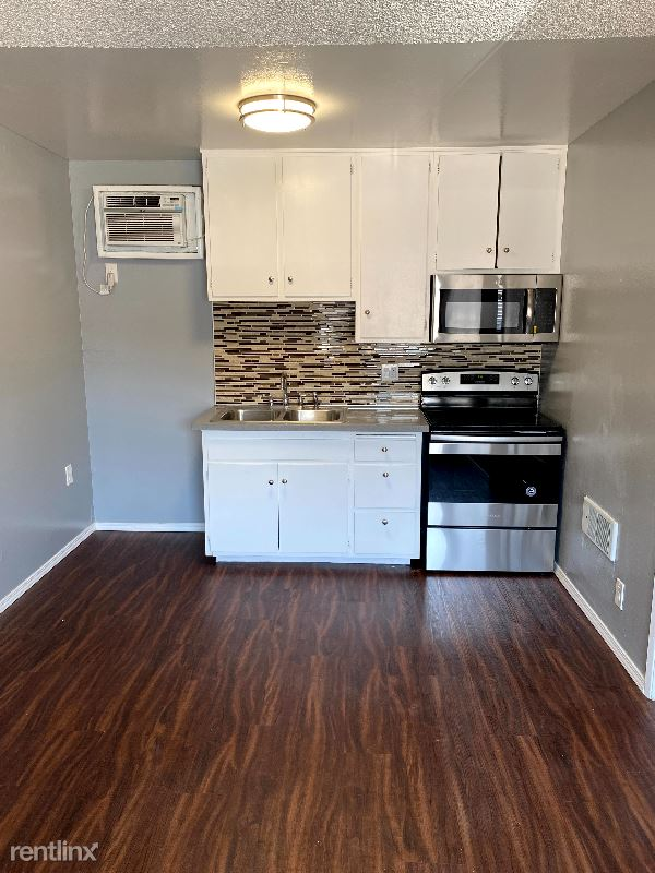 4201 McClung Drive, Los Angeles, CA - 1,785 USD/ month