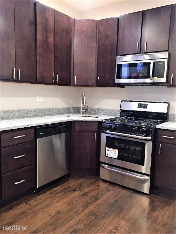 2013 N Hoyne Ave 1, Chicago, IL - 1,950 USD/ month