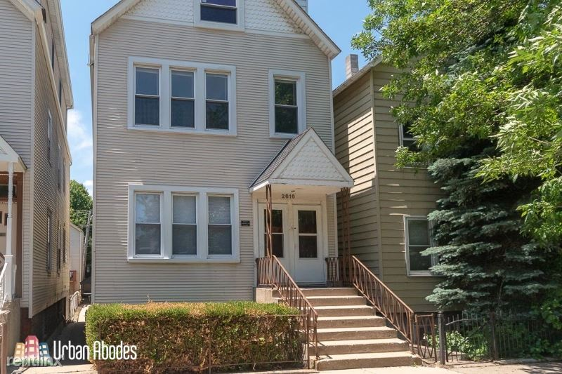 2616 N Marshfield Ave 2, Chicago, IL - 2,095 USD/ month