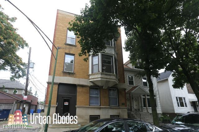 2545 N Seminary Ave 2, Chicago, IL - 2,775 USD/ month