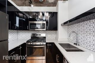 3150 N Sheffield Ave 501, Chicago, IL - 1,800 USD/ month