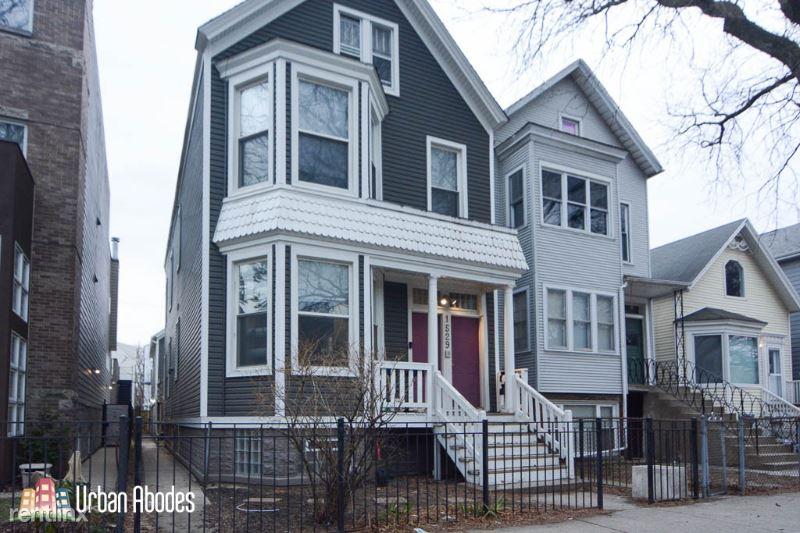1529 W Nelson St 4, Chicago, IL - 2,200 USD/ month