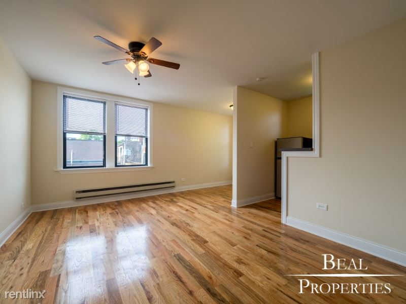 818 W Diversey Ave A, Chicago, IL - 1,295 USD/ month