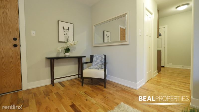 2912 N Mildred Ave BB2, Chicago, IL - 1,350 USD/ month