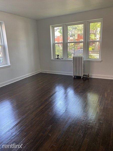175 Washington Avenue, Bridgeport, CT - 1,195 USD/ month