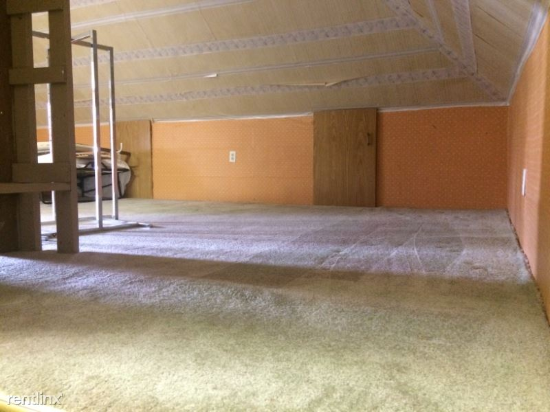 380 S Chestnut St, Platteville, WI - 1,600 USD/ month