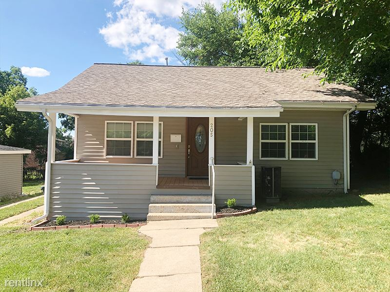 205 E 3rd St, Rolla, MO - 350 USD/ month