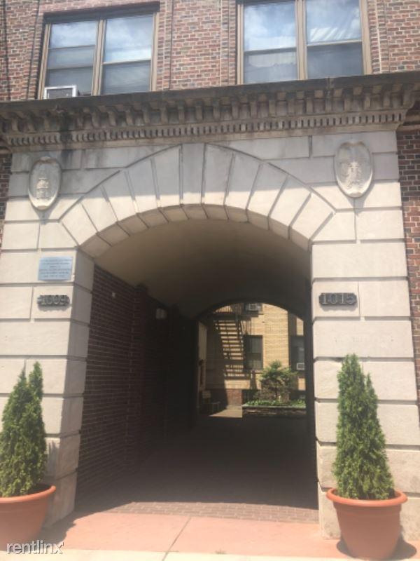 1015 Central Ave 3G, Union City, NJ - 1,625 USD/ month