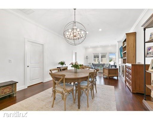 655 East 2nd St 201 - 5100USD / month
