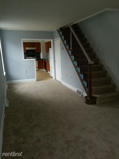 Rehr St, Reading, PA - 875 USD/ month