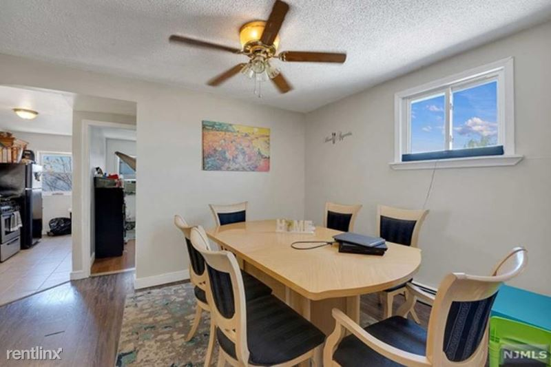 1709 Bergenline Ave, Union City, NJ - 2,000 USD/ month