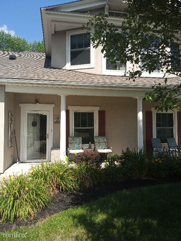 Heron Point Drive, Lakemore, OH - 650 USD/ month