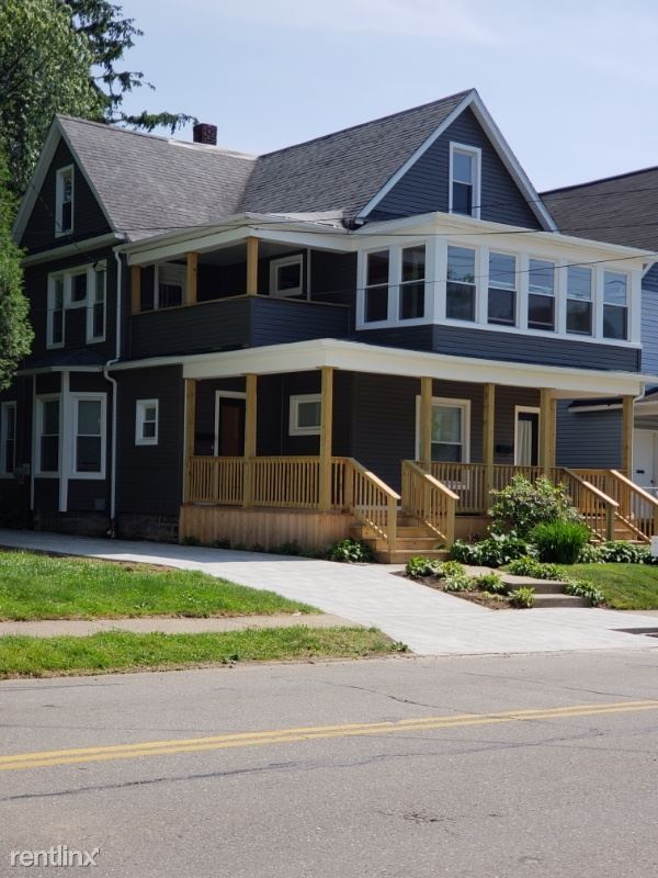 1105 W 8th St, Erie, PA - 1,200 USD/ month