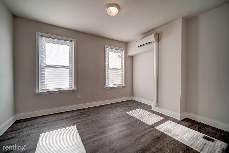2448 N Opal St, Philadelphia, PA - 550 USD/ month