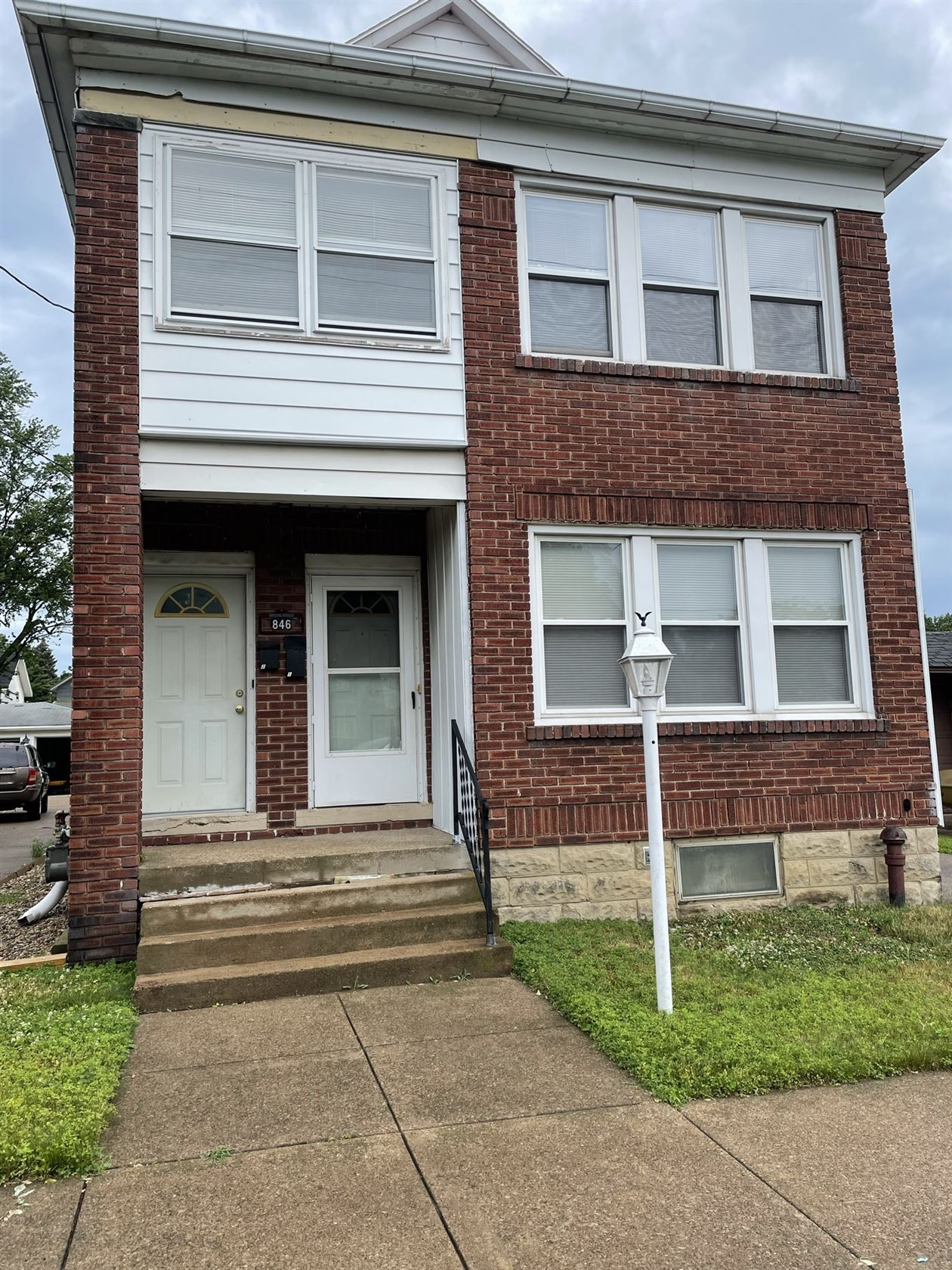 846 E. 30th St, Erie, PA - 850 USD/ month