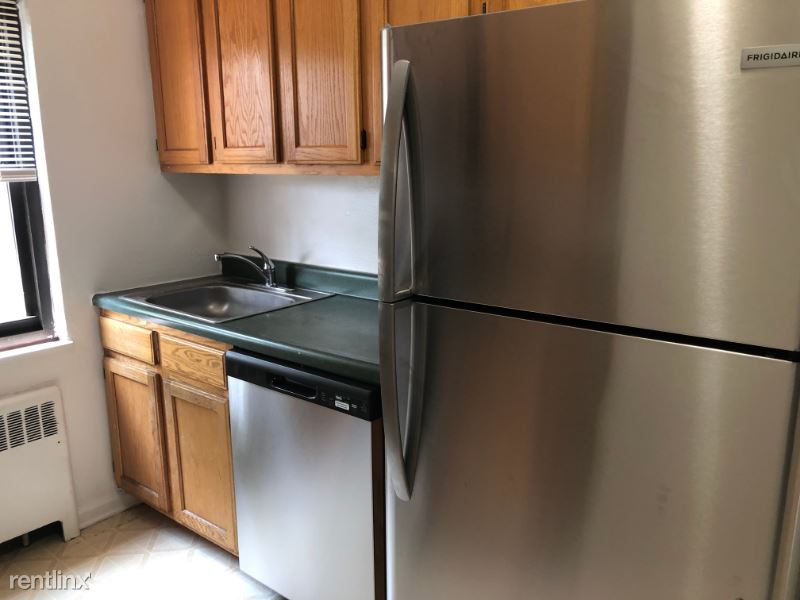 236 Charlton Avenue B, Lodi, NJ - 1,625 USD/ month