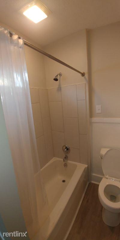 2620 Cochran Street, Erie, PA - 775 USD/ month
