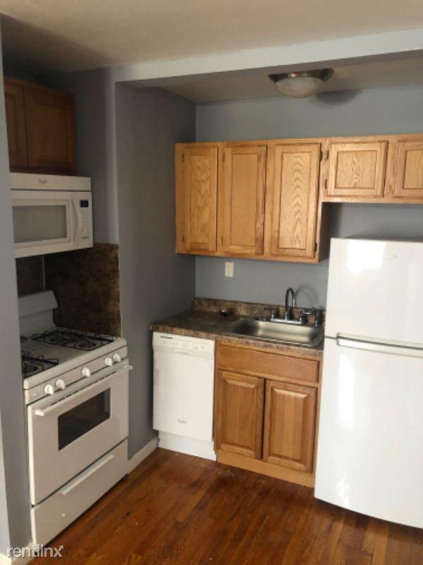 28 Clark St, Lodi, NJ - 1,495 USD/ month