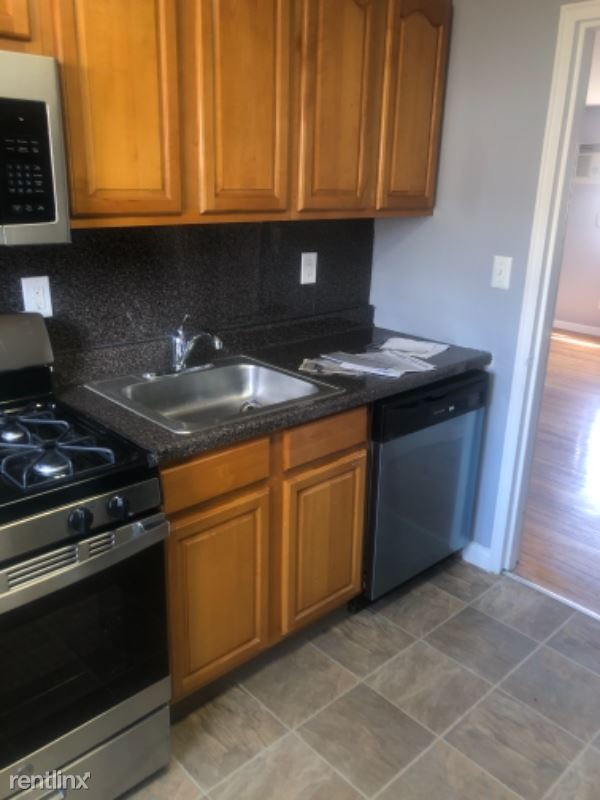 491 A boulevard, Hasbrouck Heights, NJ - 1,800 USD/ month
