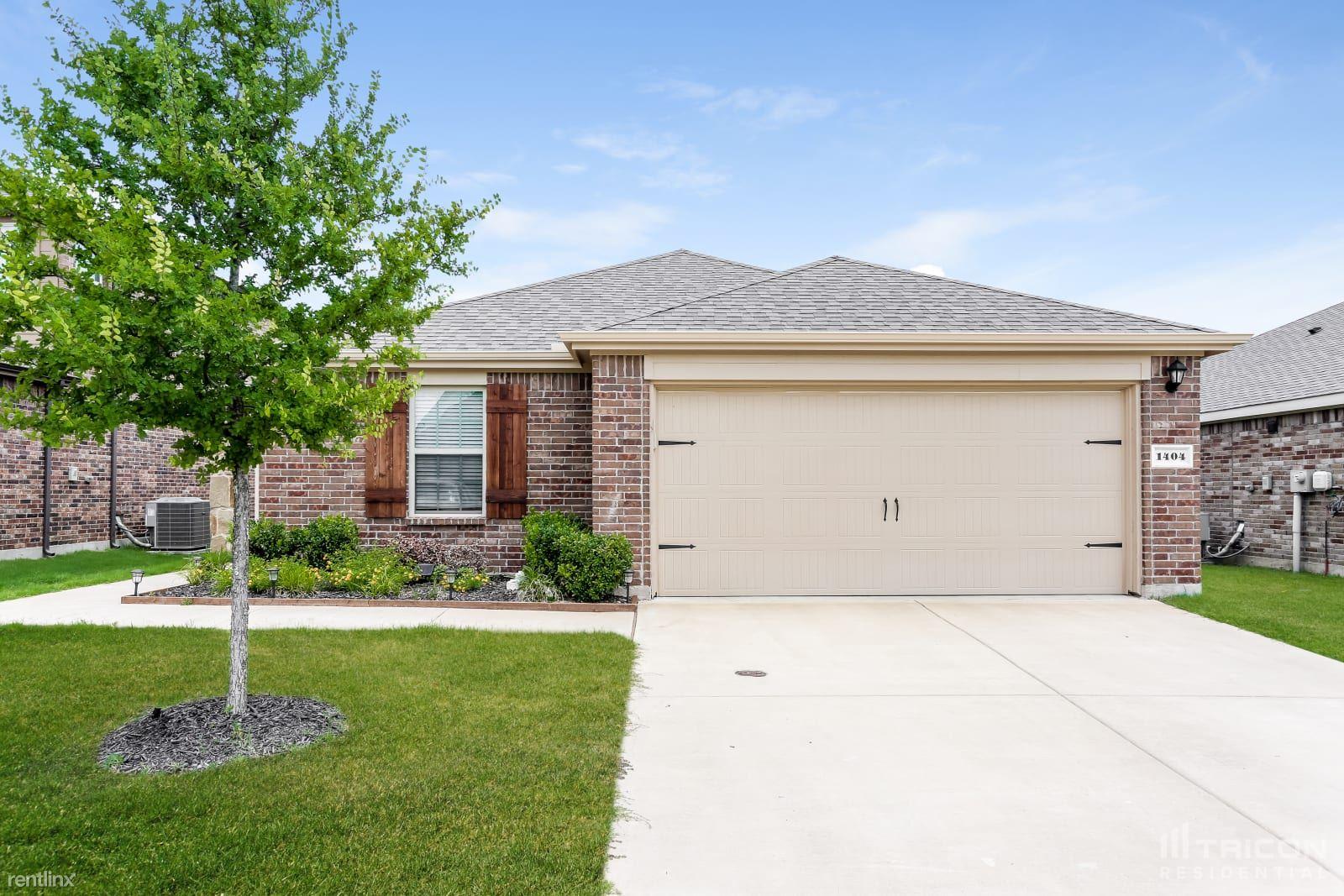 1404 Granite Path, Princeton, TX - 1,949 USD/ month