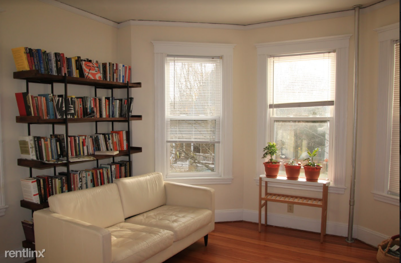 31 Ainsworth St - 2600USD / month