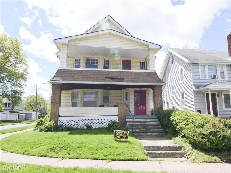 3320 Berkeley Rd 1, Cleveland Heights, OH - 915 USD/ month