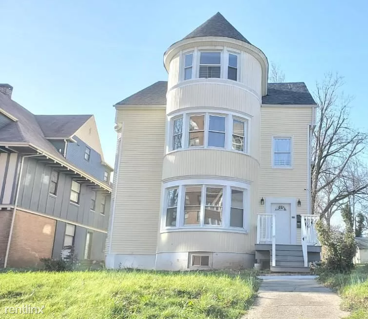 61 Washington Ter, East Orange, NJ - 1,500 USD/ month
