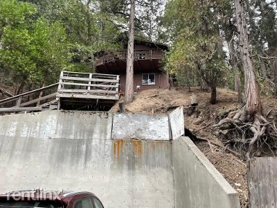 23771 Lakeview Drive, Crestline, CA - 1,900 USD/ month