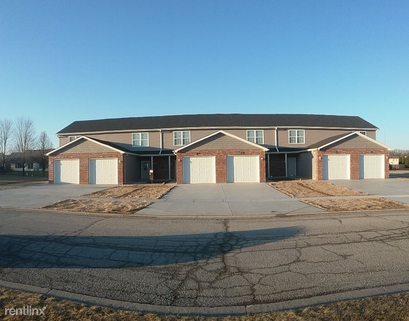 6658  158th Ln, Lowell, IN - 1,200 USD/ month
