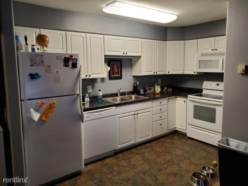 104 S 3rd St., Arlington, SD - 400 USD/ month