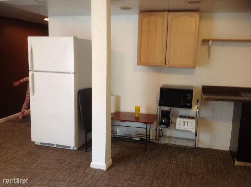 Christy place, Herndon VA, VA - 1,000 USD/ month