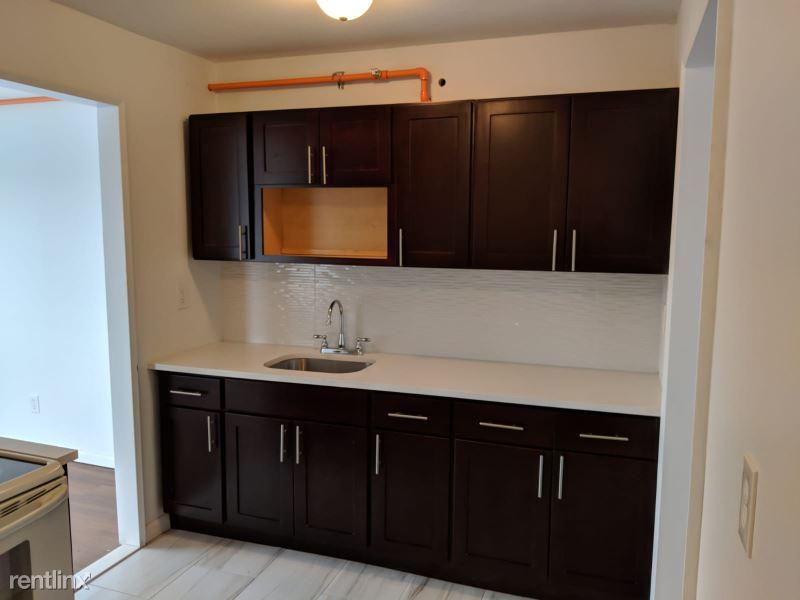 120 Hillside Ave, Waterbury, CT - 1,195 USD/ month