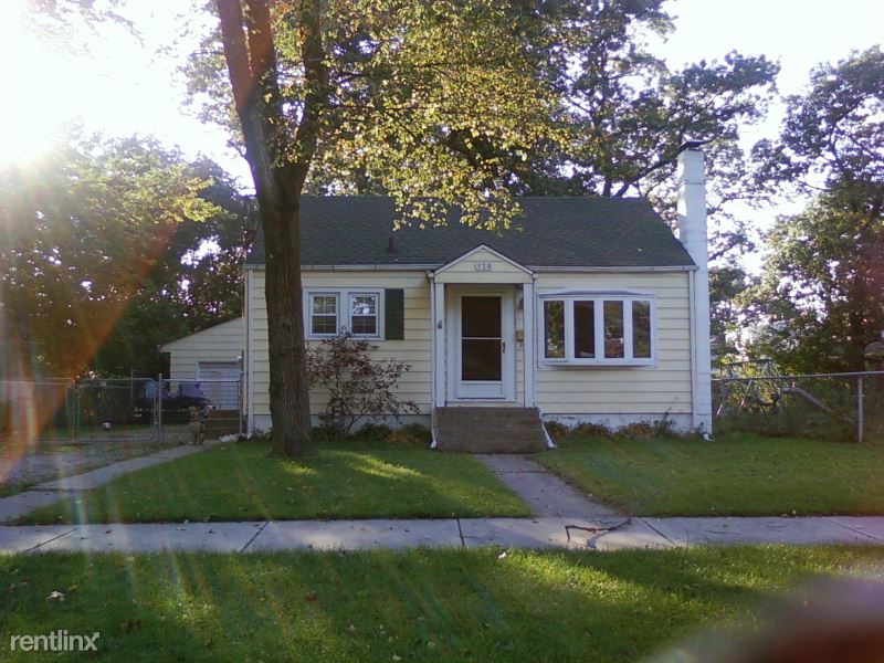 128 S. Cline Ave, Griffith, IN - 1,550 USD/ month