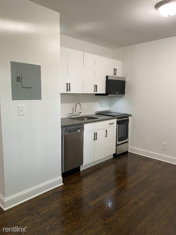 114 Grove Street, Stamford, CT - 1,995 USD/ month