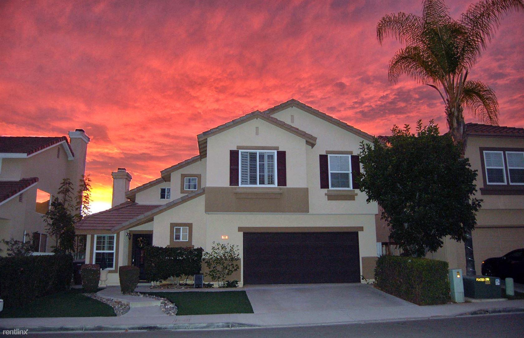 11 Calle de Arena, Rancho Santa Margarita, CA - 1,250 USD/ month