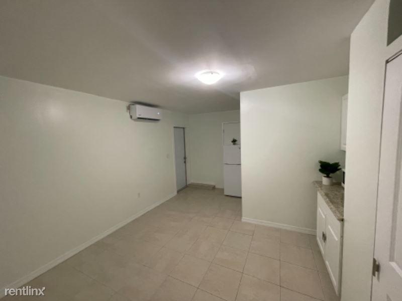 Sw 198th Terr, Cutler Bay, FL - 1,000 USD/ month