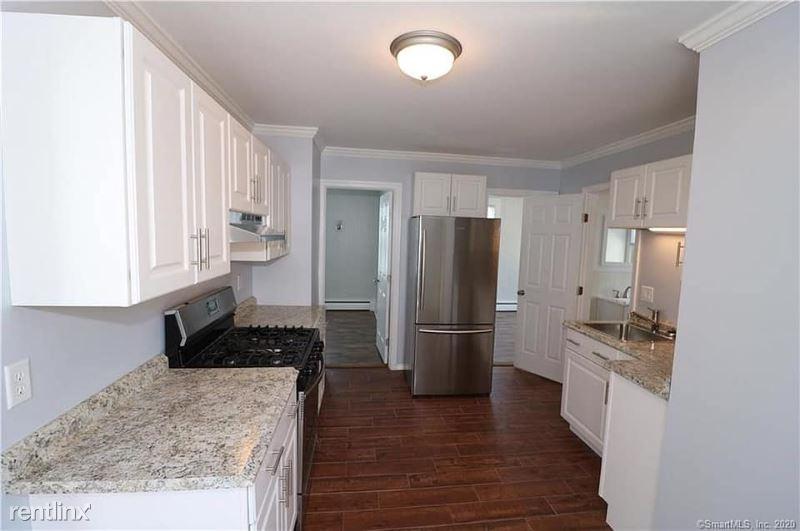 85 Belden St 2, New Britain, CT - 1,350 USD/ month