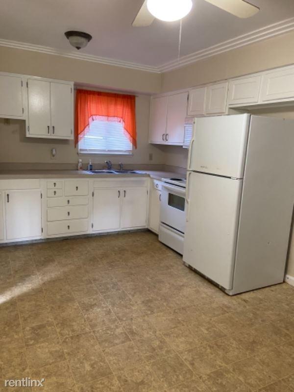 Lochhead Ave, Flint, MI - 950 USD/ month