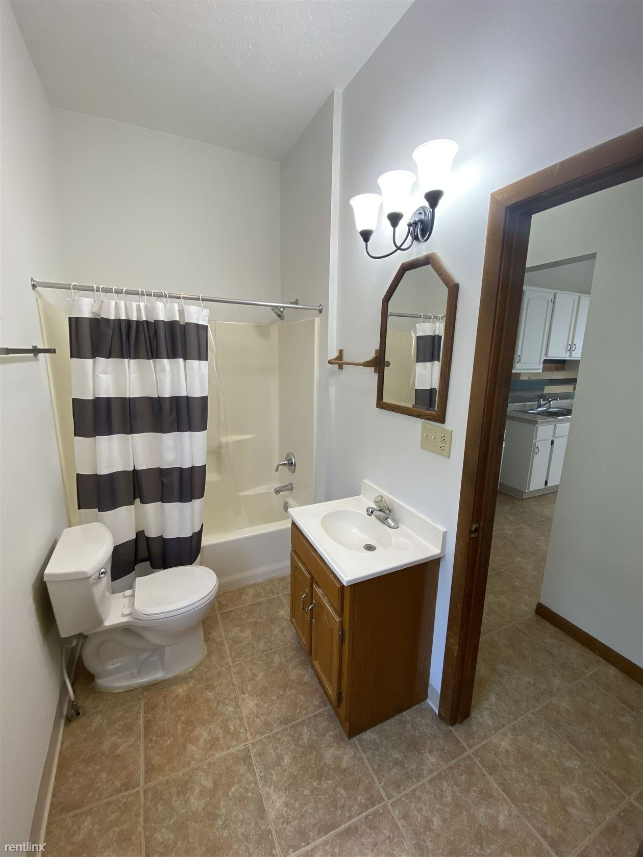514 Rush St Apt A, South Bend, IN - 800 USD/ month