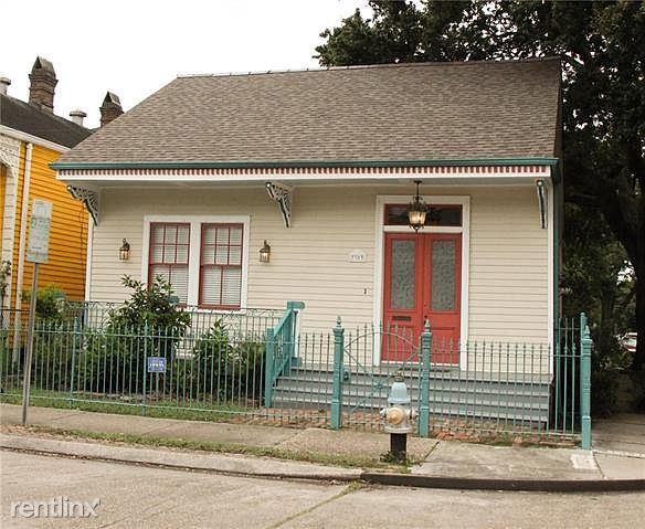 3303 Chestnut St, New Orleans, LA - 900 USD/ month