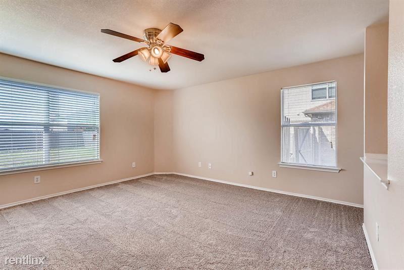 206 Christie Ln, Waxahachie, TX - 2,145 USD/ month