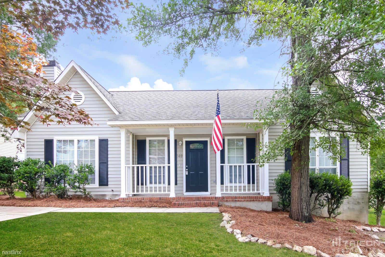 109 Thornby Road, Irmo, SC - 1,373 USD/ month