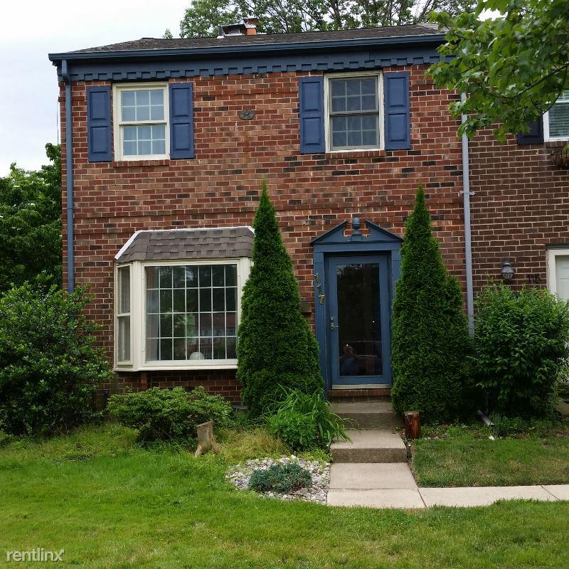 117 Providence Ave, Doylestown, PA - 2,250 USD/ month